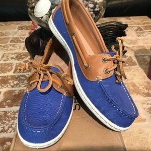 Sperry NWT size 10